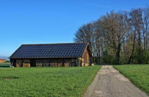 energie solaire montagne refuge 300x195 - Galerie montage installation panneaux solaires photovoltaïques - Galerie montage installation panneaux solaires photovoltaïques