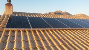 panneaux solaires pv montage 300x169 - Galerie montage installation panneaux solaires photovoltaïques - Galerie montage installation panneaux solaires photovoltaïques