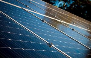 solaire panneau energy clean energy 300x192 - Galerie montage installation panneaux solaires photovoltaïques - Galerie montage installation panneaux solaires photovoltaïques