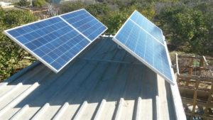solaire photovoltaique agricole 300x169 - Galerie montage installation panneaux solaires photovoltaïques - Galerie montage installation panneaux solaires photovoltaïques